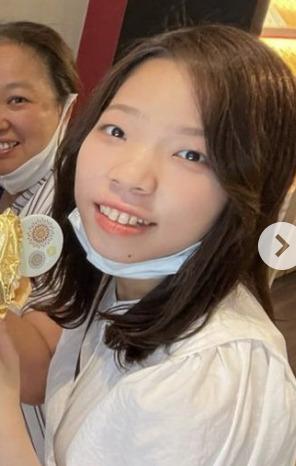 【画像】川井梨紗子はゴリラ似だけど実は可愛くてお洒落!妹も美人?!父親や母親も調査!