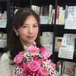 二村知子(隆祥館書店)元シンクロ選手の年収がすごい?!隆祥館書店の場所も調べました!