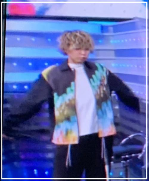 【画像】秋山黄色の顔が見えた!動画でMステ初出演の素顔が可愛いと話題!