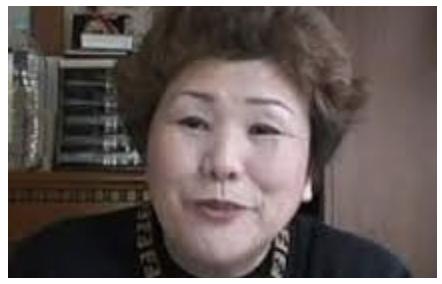 辻イト子の90年代ユニクロCMがヤバい!レジの前で突然脱ぎだすおばちゃん役!