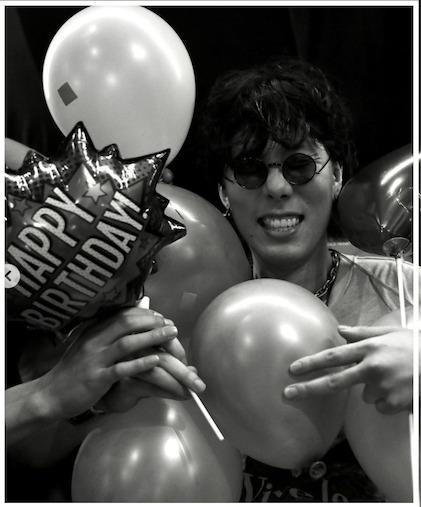 野田洋次郎が誕生日パーティーした焼肉店はどこ?ネット民「ふざけるな」「ダサすぎる」