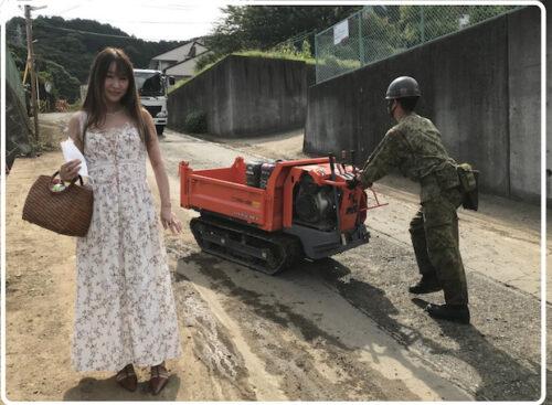 【画像】雨宮処凛が熱海の被災地にワンピースで取材?「そもそも誰?」「邪魔すぎる」